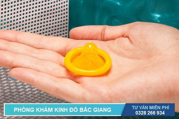 Sử dụng bao cao giúp ngăn ngừa một số bệnh xã hội lây qua đường tình dục