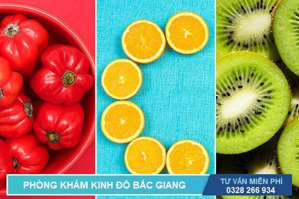 Cung cấp đủ Vitamin C giúp chữa viêm đường tiết niệu đơn giản, dễ thực hiện